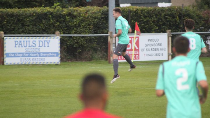 Swans secure point from Silsden